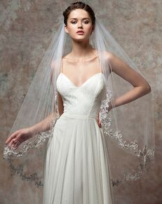 To Have & To Borrow Jolie White Veil