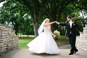 Bride and Groom Outside Stonebridge Country Club
