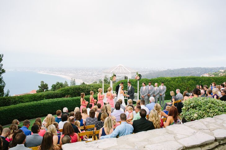 """""""The venue offered panoramic views of the Pacific Ocean and Los Angeles, including the South Bay where we met and lived,"""" says Brittney. """"We also fell in love with its rich history as it was the first structure to be completed on the peninsula."""""""