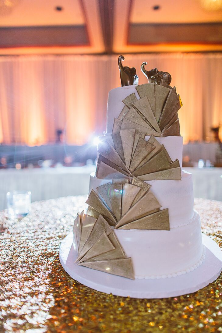 Gold Fan Art Deco Decorated Cake
