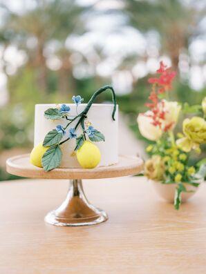 Single-Tier Cake with Lemon Decoration