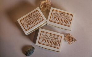 Simple, Boxed Fudge Wedding Favors