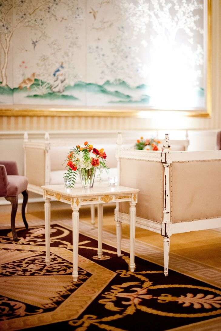 Vintage-inspired lounges offered guests an alternative to standing and sitting at cocktail tables.
