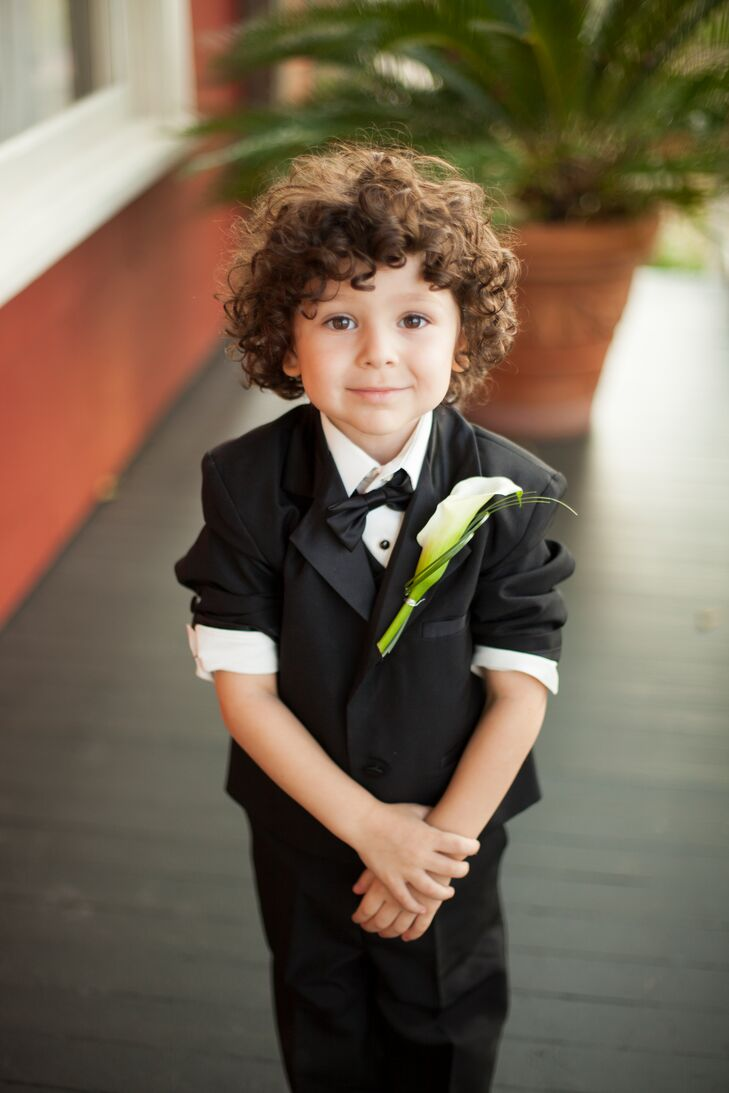 Ring Bearer With White Calla Lily Boutonniere