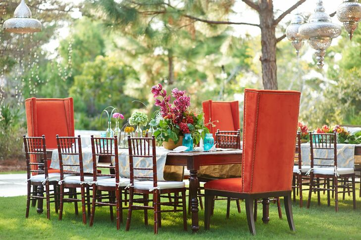 Pops of color could be found in the furniture and the flowers, which complemented (but didn't compete with) the outdoor venue.