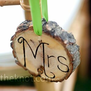Tree Trunk Signs