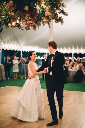 Classic First Dance at Seabright Lawn Tennis and Cricket Club