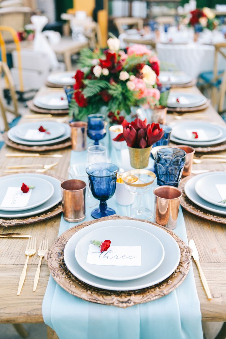 Page Blue Dinner Plates and Table Runners