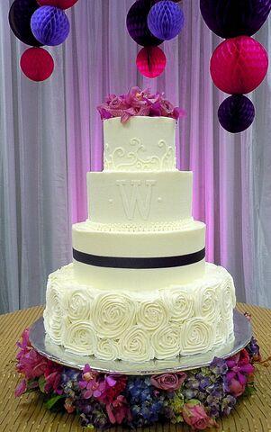 Sweet Surrender Dessert Caf 233 Wedding Cakes Louisville Ky