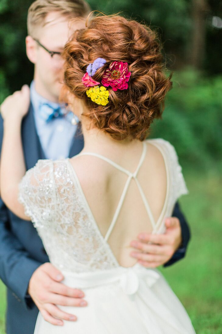 Hair Accessory with Bright Wildflowers
