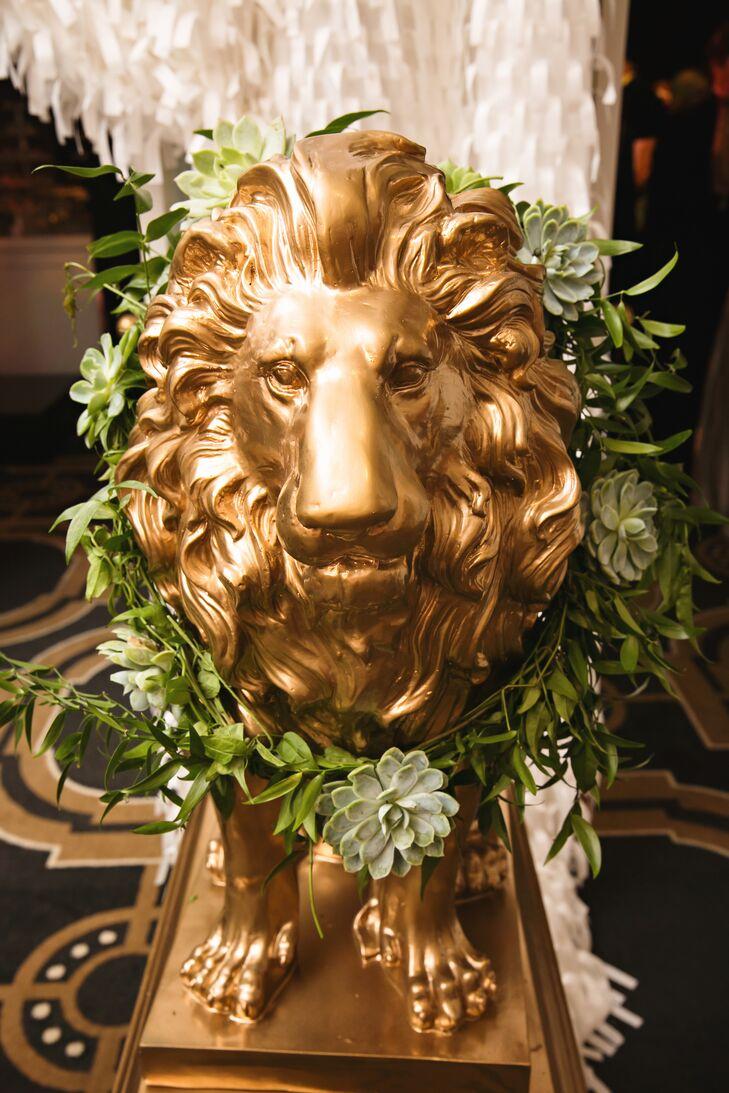 Succulent Wreath Gold Lion Decor