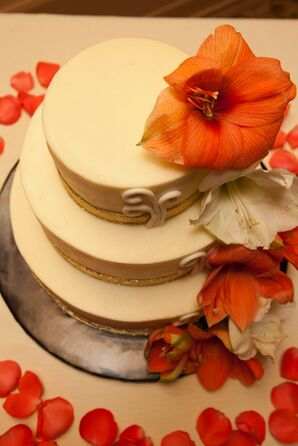 Wedding Cake, Ivory and Coral Lilies