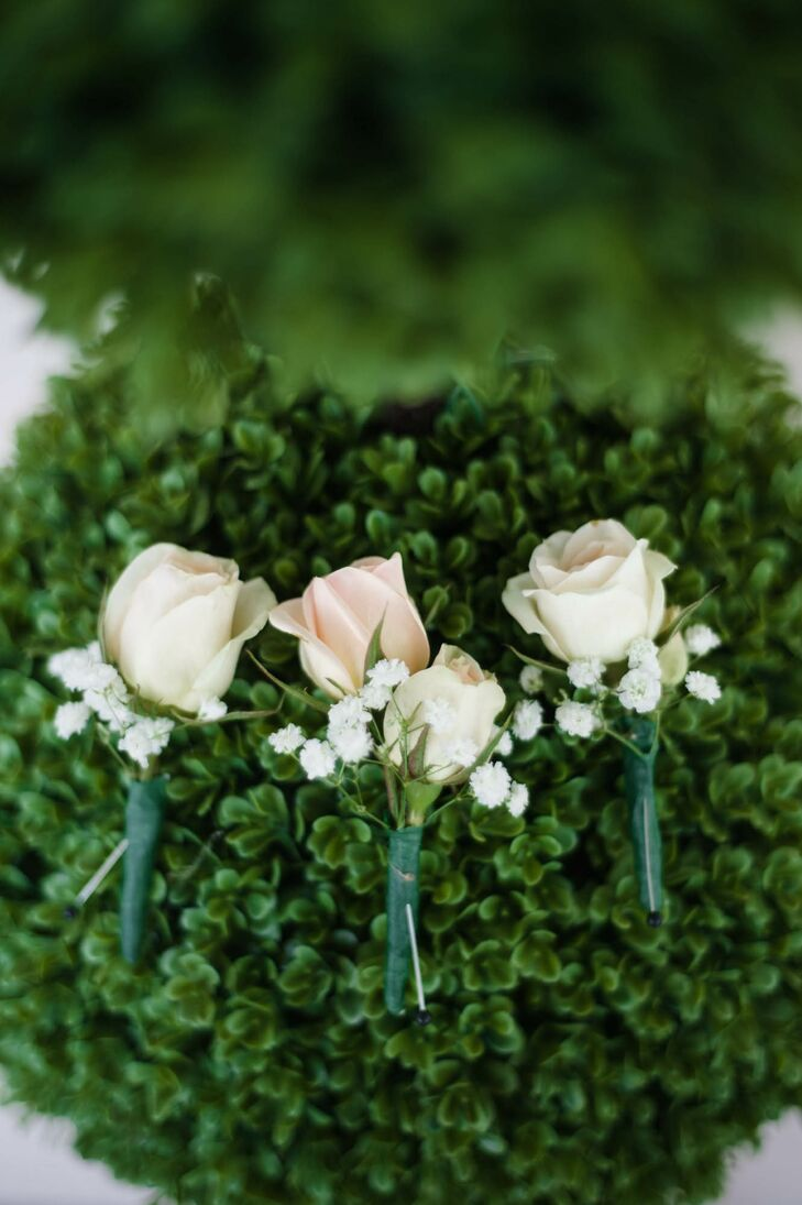 Timeless Rose and Baby's Breath Boutonniere