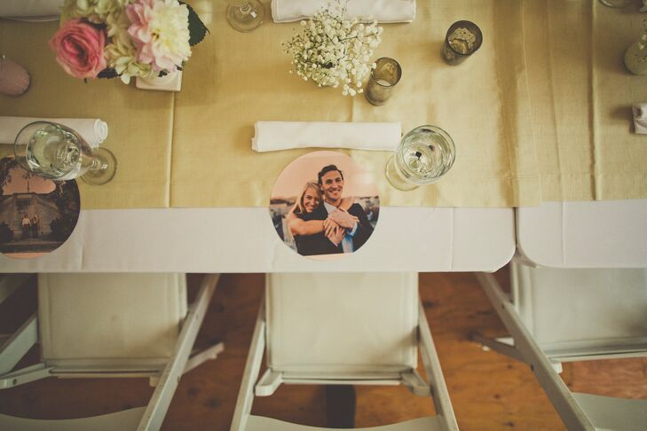 Instead of traditional chargers, the couple printed their engagement photos onto round place mats for each place setting.