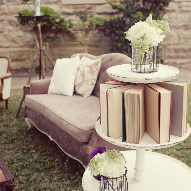 Vintage lounge furniture set up outside provided guests with a homy place to mix and mingle.