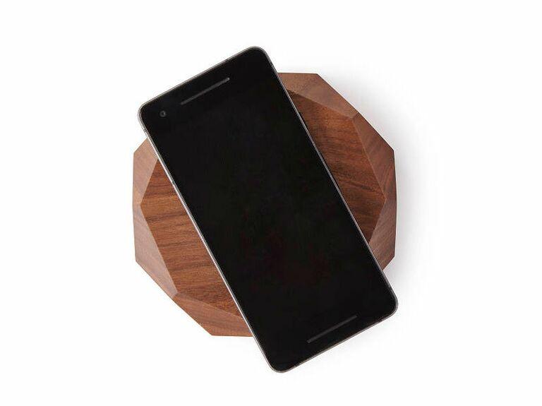 wireless phone charging docks 17th anniversary gifts