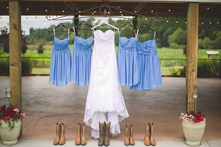 Justine chose a sweetheart-neckline wedding dress with a lace overlay, and her bridesmaids donned short, strapless, cornflower-blue dresses. Justine and her girls all wore brown cowboy boots to add a country flair.
