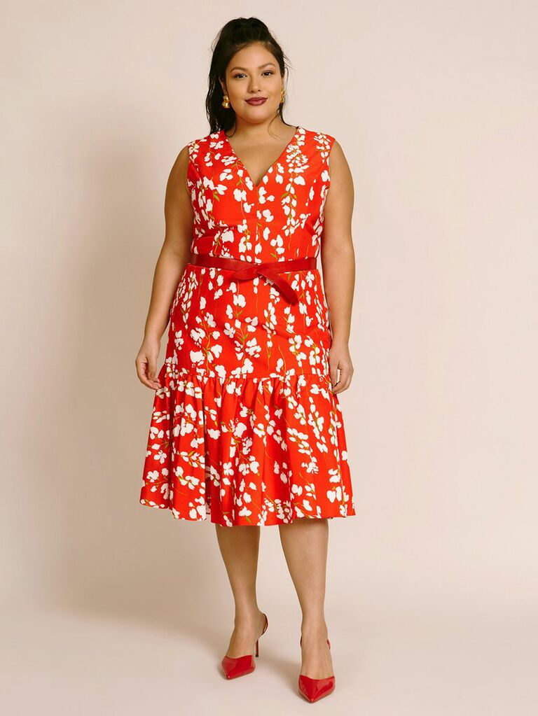 sleeveless v neck dress with gathered hem in red floral print