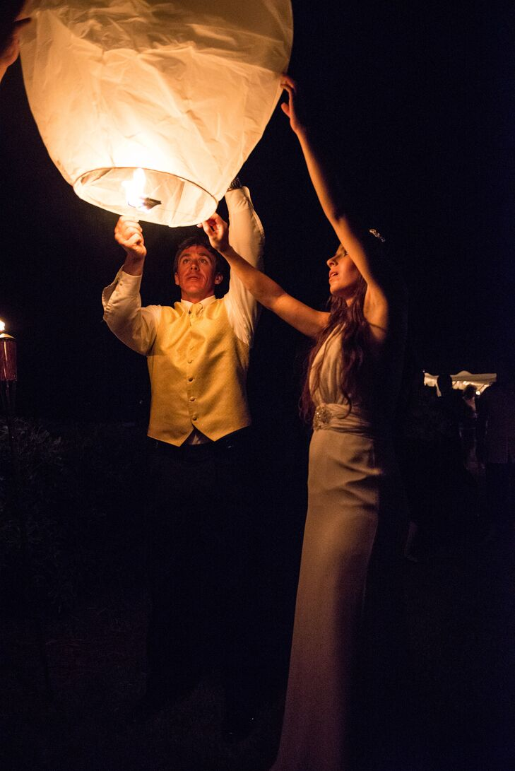 Once it was dark outside, each guest had to opportunity to light a biodegradable floating lantern.
