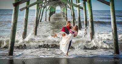 Beachpeople Weddings & Photography