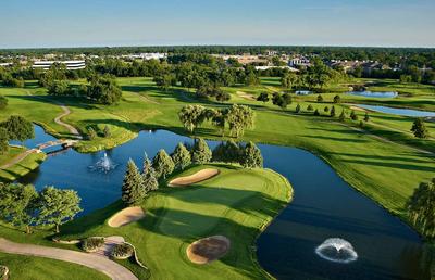 Hilton Chicago/Oak Brook Hills Resort-Conference Center