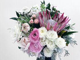 Blush de Fleur, LLC
