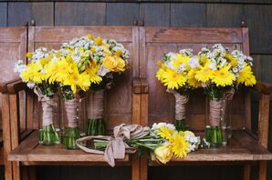 Yellow Bridal Party Bouquets with Burlap Wrap