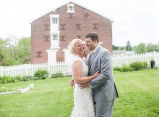 Sara Pockstaller (30 and a teacher) and Josh Bruschi (29 and a US postal worker) had a fabulous rustic wedding in shades of purple. It took place at t