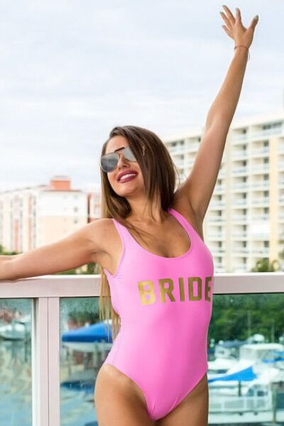 71515ae7342bf Bride Swimsuits: 35 Looks Perfect for Your Bachelorette Party