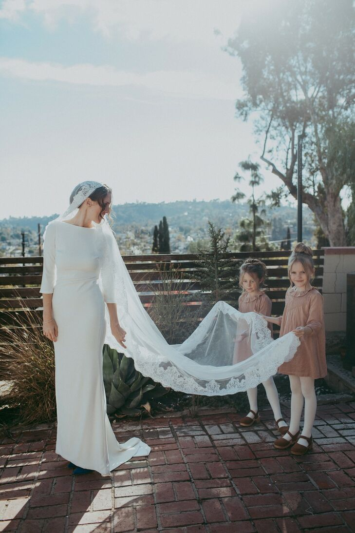 Modern and Simple Sleeved Wedding Dress with Cathedral Veil