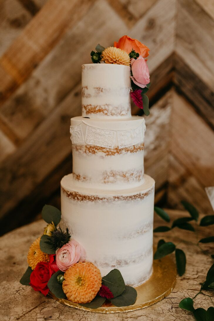 Naked Cake with Picado Banner Decorations