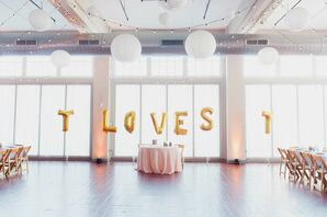 Sweetheart Table with Gold Balloon Backdrop