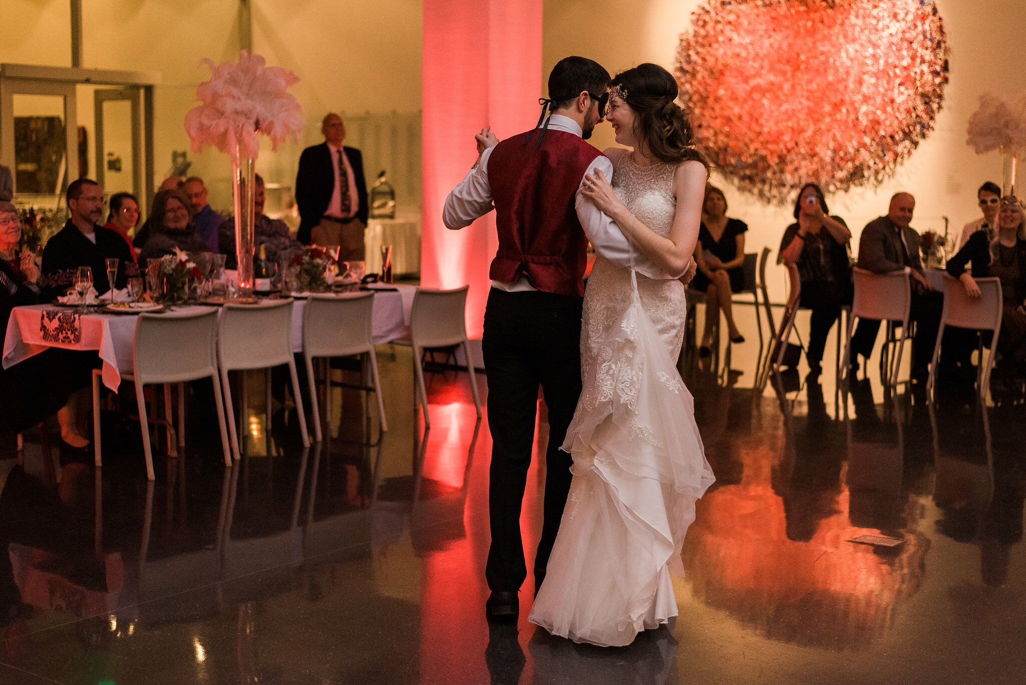 Wedding Photographers in Des Moines, IA - The Knot