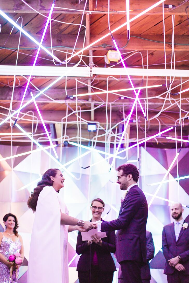 Exchanging Vows Among DIY Details