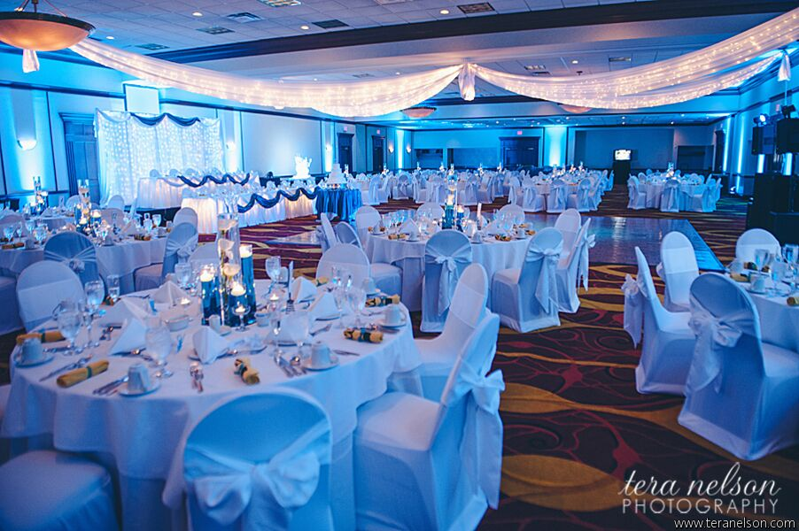 Wedding reception venues in pittsburgh pa the knot pittsburgh marriott north junglespirit Gallery