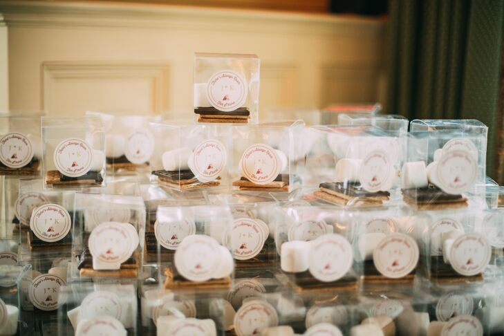 S'mores Kit Wedding Favors