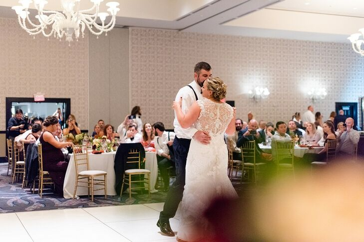 Simple First Dance at The Nines Hotel in Portland, Oregon