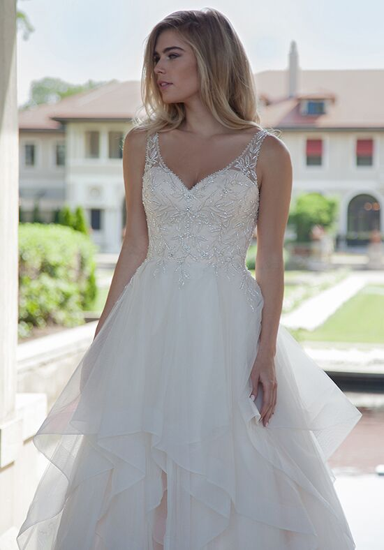 Lo\' Adoro Wedding Dresses