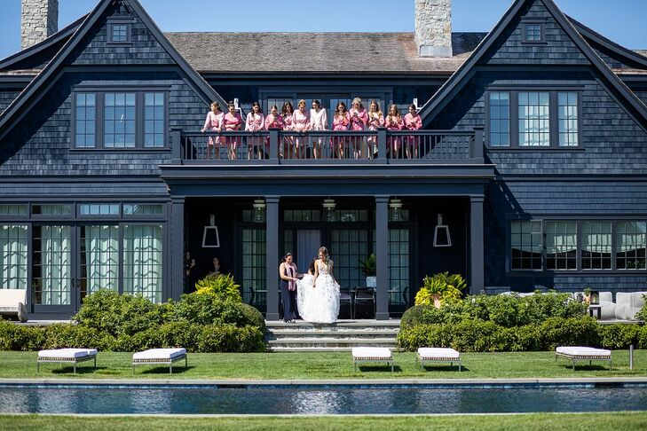 Bride Heading to First Look in Water Mill, New York