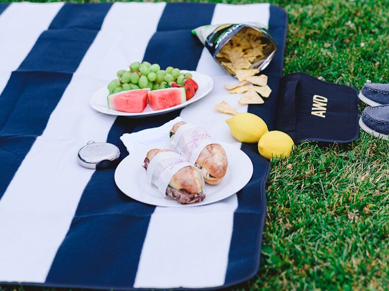 Long-distance dad gift picnic blanket