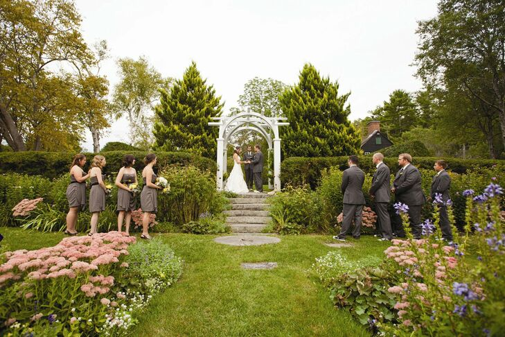 The ceremony took place outside in the garden at the Hamilton House, where decor was kept to a minimum so guests could enjoy the lush landscape and flowers.
