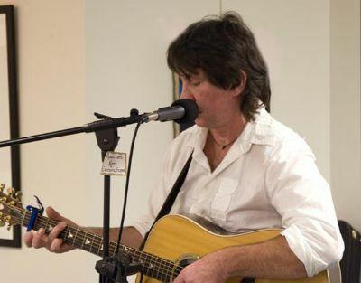 Kenny Cunningham - Acoustic English Guitarist/Singer