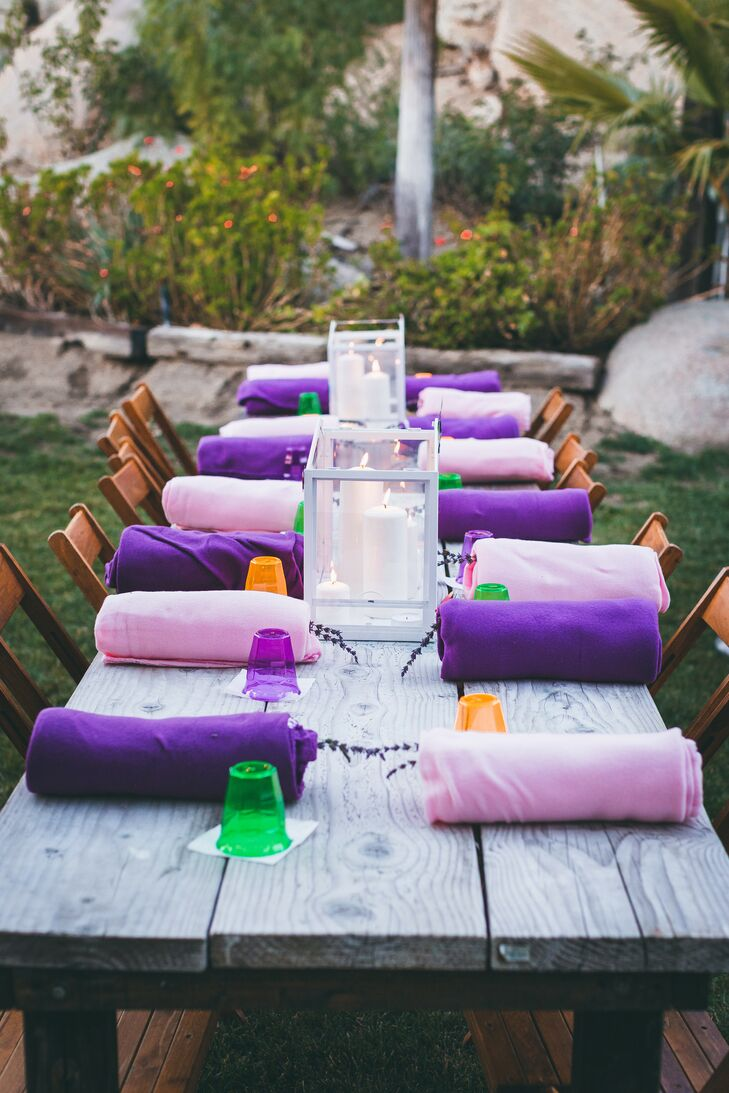 Casual Dining Tables with Pink and Purple Blanket Favors