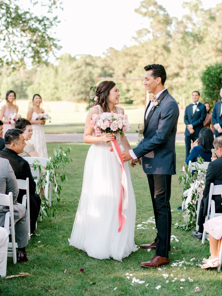 Erica	Chung and Emmanuel Corral's elegant wedding day revolved around a modern garden theme and a subtle take on the Chinese yin and yang philosophy.