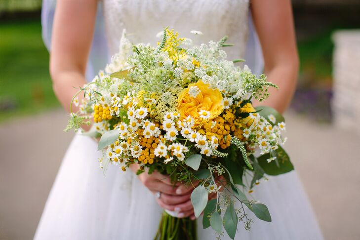 Yellow Bouquet with Daisies, Garden Roses, Wildflowers and Queen Anne's Lace