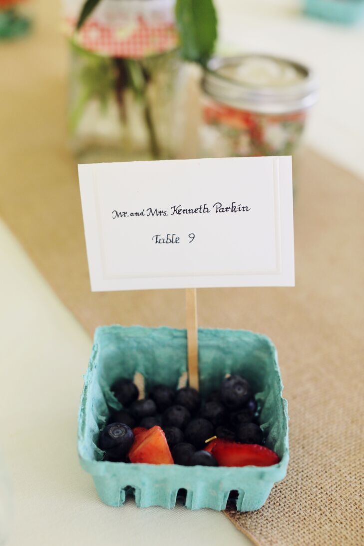 Guests found their seats by finding their name on a half-pint fruit basket, filled with fresh berries from a farmers market.