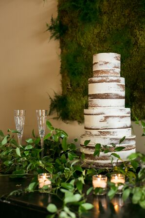 Naked Cake with Vine Base