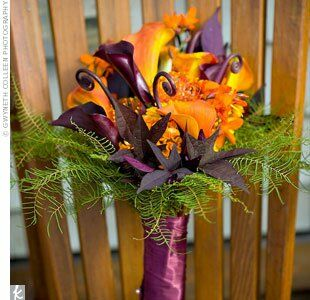 Kate carried an organic-looking bouquet made up of dark purple fiddleheads and rich green ferns.