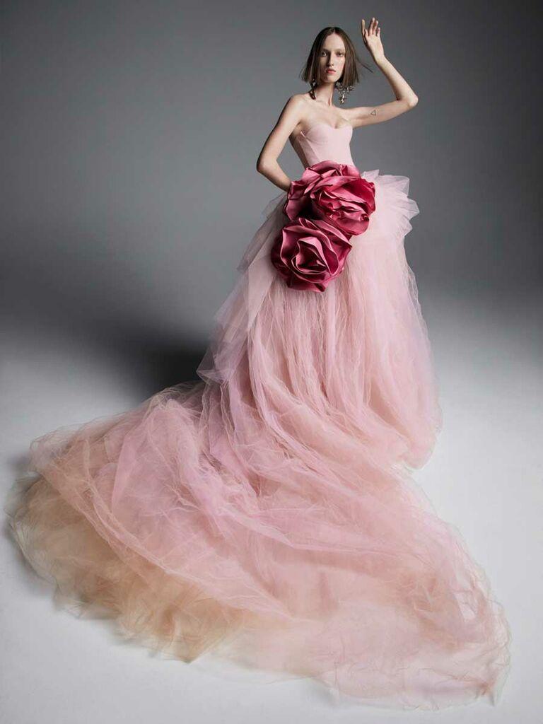 Vera Wang Spring 2019 Collection: Bridal Fashion Week Photos