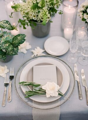 Elegant Place Setting for Alfresco Reception